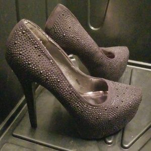 2 FOR 15 Her Style Heels with spicy decore